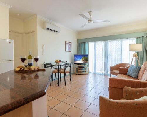 Cairns-Hotel-Apartments-New-Photo (4)